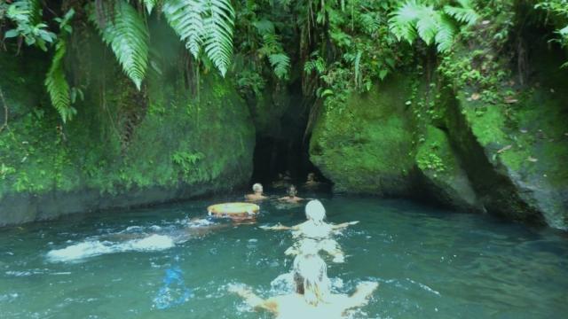 emerdale-pool