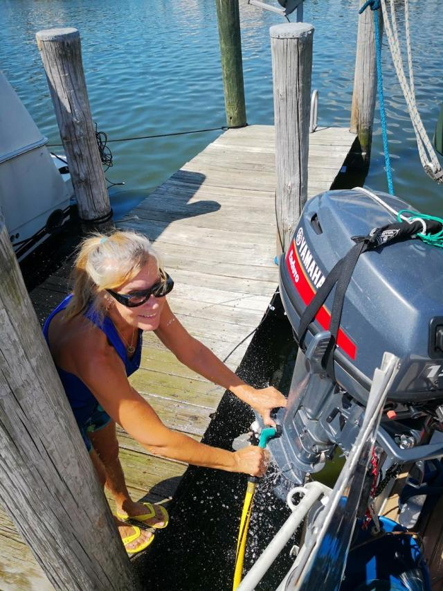 Outboard maintanence