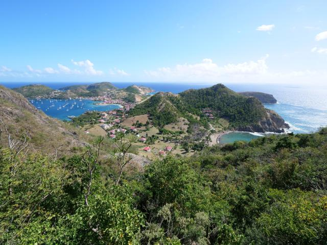 View Les Saintes 1