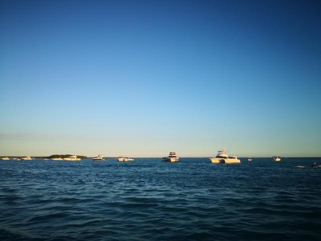 Sunday on Boat 1