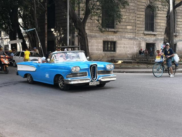 Nice old car 1